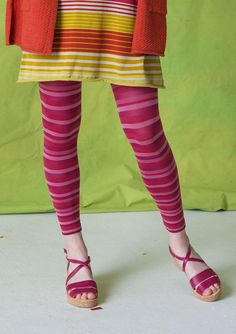 <p>Do you love stripes? We do! Here we play with narrow and broader stripes mixed together, in muted colors combined with bright ones. Leggings with extra stretchy waist made of recycled polyamide.</p>