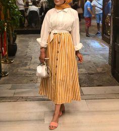 edanurkir - World Fashion Week Street Hijab Fashion, Muslim Fashion, Modest Fashion, Fashion Outfits, Modest Wear, Modest Outfits, Skirt Outfits, Hijab Elegante, Hijab Chic
