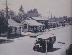 Great Western Highway, Blackheath, Australia, Taken from the Gardeners Inn. The Old Tyne Barn and station in the background . via SLNSW. Old Pictures, Old Photos, Blue Mountains Australia, Australian Road Trip, Botany Bay, Great Western, Local History, New South, Historical Pictures