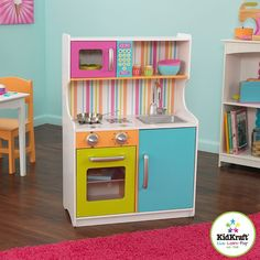 Shop here for the KidKraft Bright Toddler Play Kitchen! Ideal for young chefs ages This play kitchen is designed for boys or girls who love to pretend play cooking up a feast! Toddler Play Kitchen, Diy Play Kitchen, Toy Kitchen, Little Kitchen, Kitchen Sets, Bunk Beds Built In, Twin Bunk Beds, Outdoor Pallet Projects, Baby Playroom