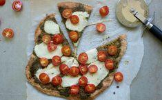 PIZZASAUS til å fylle frysaren - Kvardagsmat Frisk, Cottage Cheese, Mozzarella, Avocado Toast, Vegetable Pizza, Pesto, Chili, Breakfast, Food