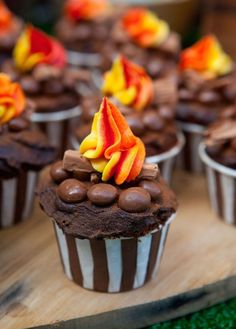 There will be some delicious muffins at the fire department party. These will look perfect. There will be some delicious muffins at the fire brigade p. Cupcake Party, Cupcake Cakes, Birthday Cupcakes, Shoe Cakes, Rose Cupcake, Campfire Cupcakes, Camp Cupcakes, Summer Cupcakes, Guy Cupcakes