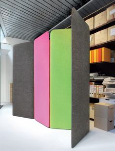 Felt devider screens by BuzziSpace. A creative way of acoustic treatment and a great way to bring dept and color in a room.