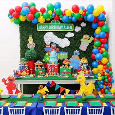 Kicking off our first round of Theme Thursday: SESAME STREET ❤️🧡 . This Sesame Street dessert table by ❤️ This… Elmo First Birthday, 1 Year Old Birthday Party, First Birthday Party Themes, Birthday Themes For Boys, Birthday Party Tables, Boy Birthday Parties, Birthday Decorations, Elmo Birthday Party Ideas, Sesame Street Birthday Party Ideas