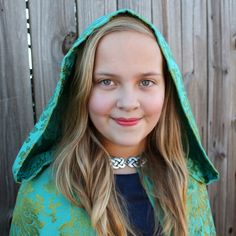 Once Upon a Time Belle's Traveling Cape! Simple cape sewing instructions