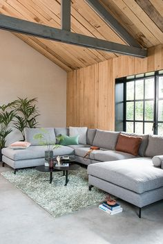 Room Inspiration, Living Room Designs, Decor Styles, Family Room, Sweet Home, New Homes, Room Decor, Sofa, House Design