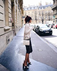 Trés chic @lornaluxe wearing our Resort 2016 lace skirt in the streets of Paris - magnifique #baumundpferdgarten #resort16 #pfw #parisfashionweek #ootd #streetstyle #lornaluxe