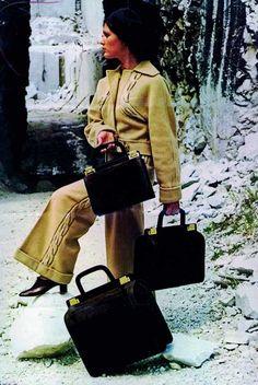 1965  Production begins with Ferragamo handbags, headed by Fiamma Di San Giuliano Ferragamo. In the same year, the ready-to-wear collection by Giovanna Gentile Ferragamo is presented in the Sala Bianca in Palazzo Pitti.