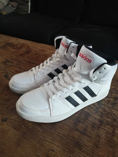 super popular 1ad13 0aa30 Basket Adidas montantes blanches 46