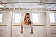 Bridal portrait. Bride. Wedding.