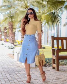 Wear to perform Style, head-turning looks. Jean Skirt Outfits, Casual Skirt Outfits, Modest Outfits, Classy Outfits, Cute Outfits, Work Fashion, Modest Fashion, Fashion Outfits, Modest Wear