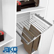 Jako, fittings and hardware