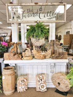 The Found Cottage Mercantile Market Love the urn. Décor Antique, Antique Stores, Antique Store Displays, Craft Show Displays, Display Ideas, Booth Ideas, Fall Displays, Vintage Booth Display, Junk Chic Cottage