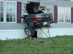 A collection of funny car insurance claims from around the world. Some of these are are so funny! Funny Car Insurance Claims More funny ca. Car Insurance Claim, Home Insurance, Renters Insurance, Insurance Humor, Insurance Companies, Car Pictures, Funny Pictures, Hilarious Photos, Random Pictures