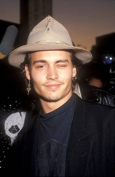 Johnny Depp during Decline of Western Civilization Part The Metal. : Johnny Depp during Decline of Western Civilization Part The Metal Years Premiere at Cinerama Dome in Los Angeles, California, United States. Young Johnny Depp, Here's Johnny, Beautiful Boys, Pretty Boys, Black Celebrities, Celebs, Celebrities Fashion, Johnny Depp Joven, Junger Johnny Depp