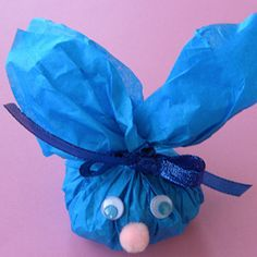 Cute and easy treat for classmates! #Favor #Bunny #Treat