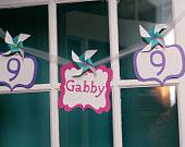 This Banner set is perfect for any occasion. Includes 3 coordinating pinwheels that clip on. Perfect for a Little Girls' Party! Custom Birthday Banners, Event Banner, Party Stores, Pinwheels, 4th Of July Wreath, Little Girls, Whimsical, Art Pieces, Christmas Ornaments