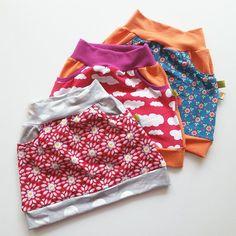 Drei Röcke für M nach dem freebook von lin-kim - https://freebookslinkim.wordpress.com/2015/08/05/little-sweat-skirt/