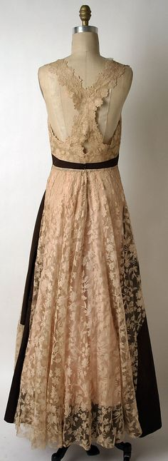 Evening dress House of Paquin  (French, 1891–1956)   Date: spring/summer 1939 Culture: French Medium: silk, cotton. Back