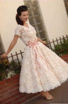 Vintage Wedding Dress Patterns 1950s | 1950\s tea length wedding ...