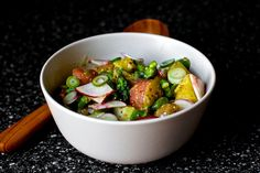 Spring Salad with New Potatoes and Pickled Spring Onions - vegan, delicious! and nutritious