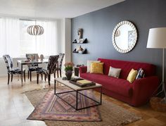 New Apartment Decorating Living Room Red Coffee Tables Ideas Red Sofa Living, Red Sofa Living Room, Living Room Red, Red Couch Living Room Ideas Apartments, Trendy Living Rooms, Apartment Decor, Couches Living Room, Rugs In Living Room, Apartment Decorating Living