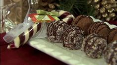 How-to video and recipe: Simple Holiday Chocolate Truffles I PCC Natural Markets