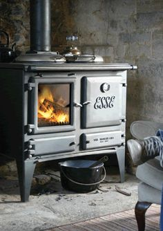 I would so love to have a regular gas stove and a wood burning one day in the same kitchen. Is that decadent? ;)