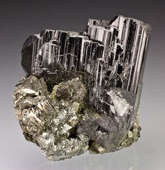 ferberite with arsenopyrite, Yizhang Co., Chenzhou Prefecture, Hunan Province, China