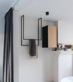 Hanging towel rail Metal [Bespoke size] Modern hangers, free space, a simple, even banal shape takes Bathroom Interior, Modern Bathroom, Casa Loft, Bespoke, Towel Rack Bathroom, Hanging Towels, Coat Hanger, Metal Furniture, Rustic Furniture