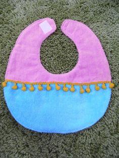 ☆先シーズンのデザインにつきお安くなりました☆*KOBA BABY*赤ちゃん用よだれかけ(スタイ)になります。※こちらの商品は新品です。color:REDsi...|ハンドメイド、手作り、手仕事品の通販・販売・購入ならCreema。