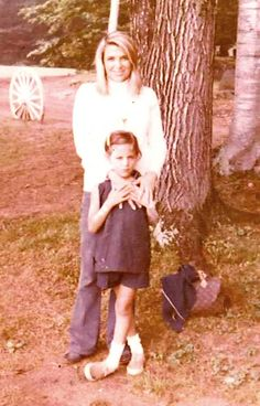 Tory with her mother, Reva Robinson. I have a funny story to share....they remind me of a mother and daughter I know.