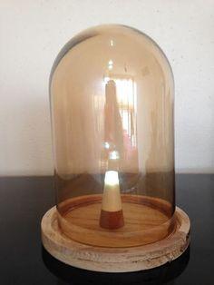 La lampe à chevet en bois naturel