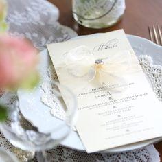 flat menu with ribbon, guest name and crystal www.bohemiandreams.co.uk