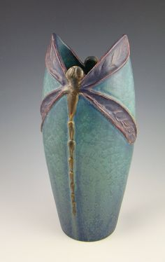 Ephraim Faince Pottery - special numbered edition vase with a dragonfly motif exclusively for Century Studios in St. I love this group of potters. Arts and Craft pottery reborn! Hand Built Pottery, Slab Pottery, Pottery Vase, Ceramic Pottery, Thrown Pottery, Pottery Wheel, Vintage Pottery, Handmade Pottery, Handmade Ceramic