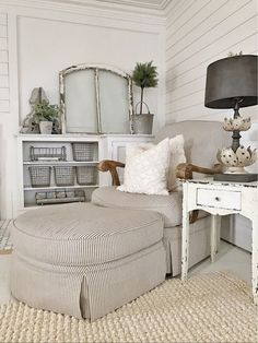 Layout for corner in family room   lizmariegalvan | LIKEtoKNOW.it