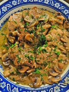 Scrumpdillyicious: Pork Medallions in Mushroom Marsala Cream Sauce - Essen Ideen Pork Chop Recipes, Meat Recipes, Cooking Recipes, Healthy Recipes, Bariatric Recipes, Entree Recipes, Healthy Dishes, Yummy Recipes, Dinner Recipes