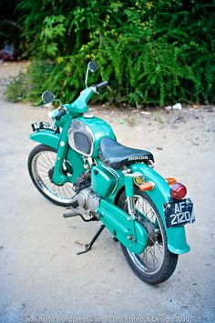 Single seat ideas for the Vintage Honda Motorcycles, 3rd Wheel, Sidecar, Cubs, Bike, Vehicles, Old Bikes, Motorcycles, Bicycle