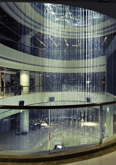 indoor waterfall! Note to self: If i end up becoming/marrying a millionaire, get one of these! :-)