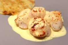 Sauce for scallops Source by Sauce For Scallops, Chefs, Coquille Saint Jacques, Great Recipes, Healthy Recipes, Curry, Marinade Sauce, Warm Food, Looks Yummy
