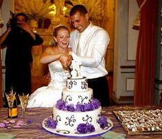Snapshots of celebrity wedding cakes   Melissa Joan Hart