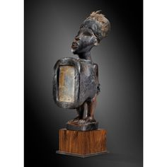 Very nice fetish statue, Kongo and Vili, Democratic Republic of Congo | Lot | Sotheby's  28 cm