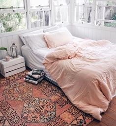 Lovely soft colors and details in your interiors. Latest Home Interior Trends. 54 Affordable Modern Decor Ideas For Your Perfect Home This Summer – Lovely soft colors and details in your interiors. Latest Home Interior Trends. Dream Rooms, Dream Bedroom, Home Bedroom, Bedroom Decor, Bedroom Ideas, Ochre Bedroom, Peach Bedroom, Peach Bedding, Pink Comforter