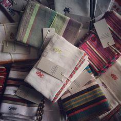 Individuales, telar de cintura. Hoy y mañana en la #18lonjamercantil #yocompromexicano #colorindio