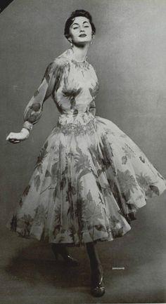 Carven, 1955