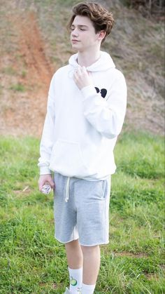 payton moormeier wallpaper payton moormeier tik tok e-boy iPhone wallpaper wallpaper for Android American boys Young Cute Boys, Cute Teenage Boys, My Boys, Hi Pics, Hot Skater Boys, Vanellope Y Ralph, Just Beautiful Men, My Future Boyfriend, Famous Men