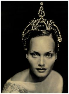 Amber Valletta by Paolo Roversi 1994