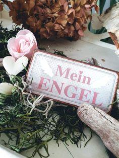 5,00 €  Das aus Metall bestehender Kühlschrank Magnet ist ein kleiner Hingucker auf jedem Kühlschrank. Vintage Stil, Louis Vuitton Twist, Shoulder Bag, Magnets, Angel, Metal, Shoulder Bags