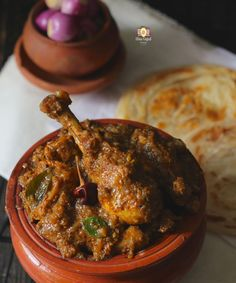 Chicken Chettinad Curry is the peppery, hot and delicious chicken curry from the land of Chettiyars, the trading community of India. It is also known as pepper chicken. Learn how to make Chettinad style pepper chicken in few simple steps. Spicy Recipes, Curry Recipes, Indian Food Recipes, Chicken Recipes, Cooking Recipes, Veg Recipes, Andhra Recipes, Kerala Recipes, Cooking Beef