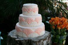 Summer Buttercream Wedding Cakes | piped buttercream wedding cake